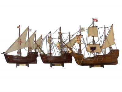 Wooden Santa Maria, Nina & Pinta Model Ship Set