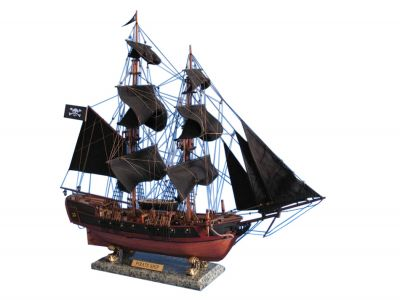 Wooden Caribbean Pirate Ship Model Limited 26\