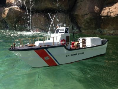 Ready To Run Remote Control USCG Motor Lifeboat 18