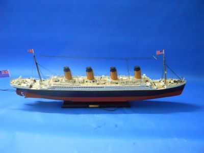 RMS Titanic Limited 30