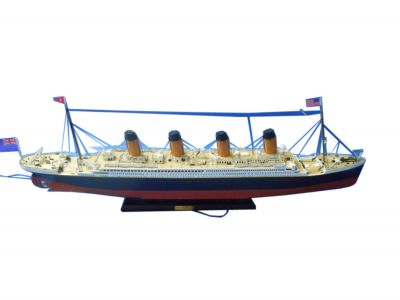 RMS Titanic Limited Model Cruise Ship 30\