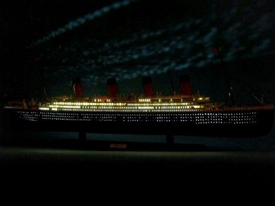 RMS Titanic Limited 40 w-LED Lights