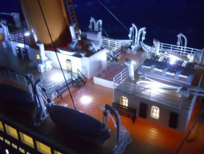 RMS Titanic 72 Limited w-LED Lights