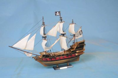 Calico Jacks The William 36 - White Sails
