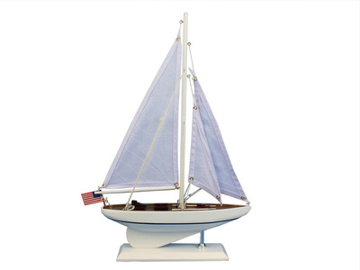 Wooden Intrepid Model Sailboat Decoration 16\