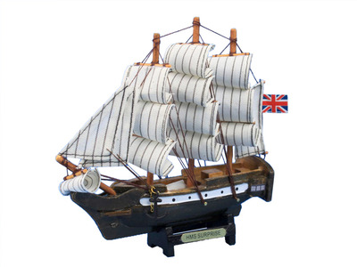 Wooden Master And Commander HMS Surprise Tall Model Ship 7""
