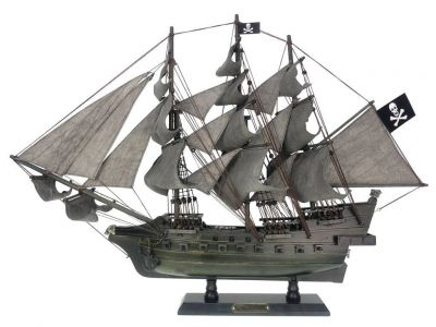Wooden Flying Dutchman Limited Model Pirate Ship 26\