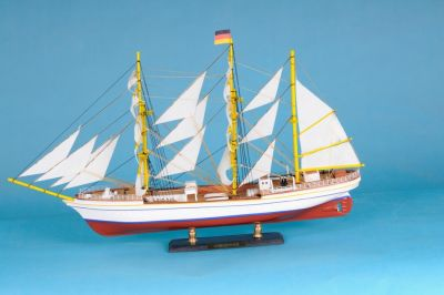 Gorch Fock Limited 21
